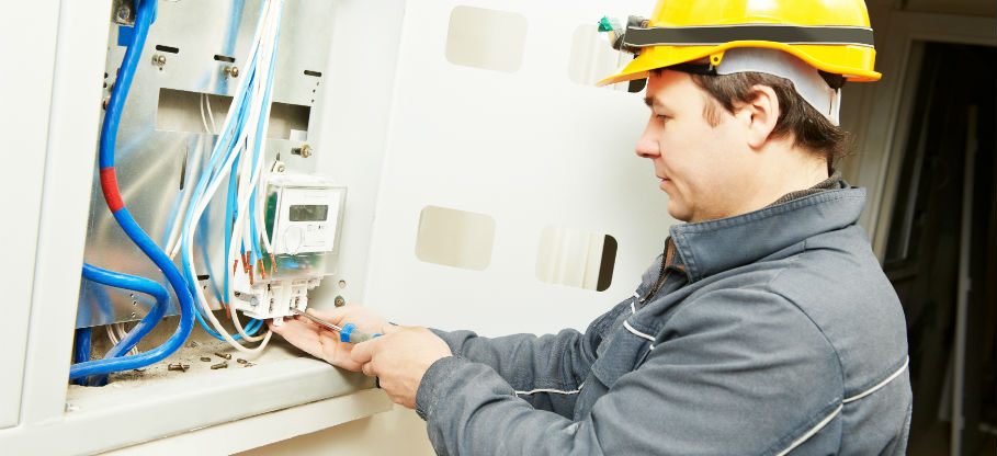 What Can an Electrician Do for Your House?