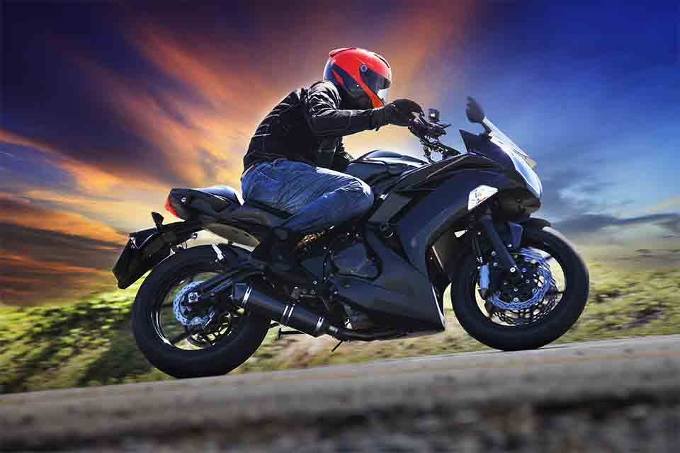 Not Sure How To Get Your Sports Bike Insured? Here's How