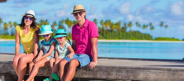 Prime factors to remember when buying a family travel insurance